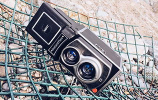 MiNT Instantflex TL70 – instant film camera review