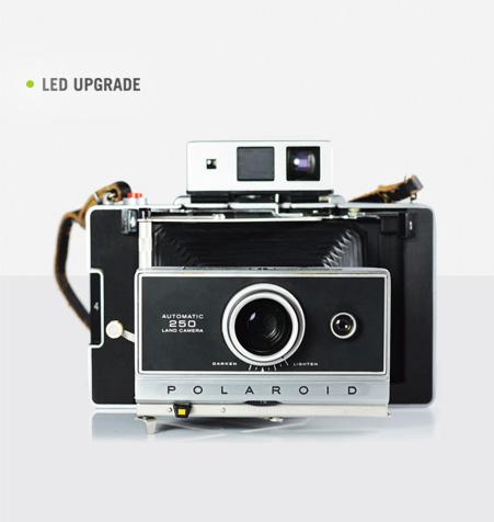 Polaroid 250 Land Camera Led
