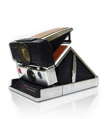 Polaroid SX-70 Sonar Chrome Camera